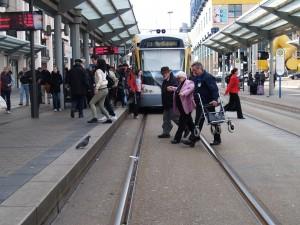 15 Mobilitätslotsen sind ab 12. März 2012 in Saarbrücken unterwegs (Foto: Pressefoto)