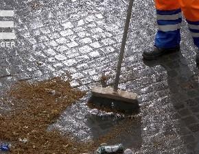 ZKE säubert Dudweiler Fußgängerzone