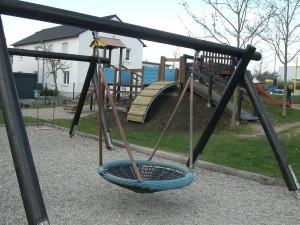 Neuer Spielespaß für Norder Kinder (Foto: Erwin Backes)