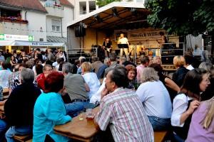 Besucher beim Ingobertusfest (Foto: Stadt St. Ingbert)