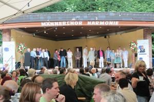 Politprominenz und Schirmherrengemeinschaft beim Parkfest 2012 (Foto: Thomas Braun)