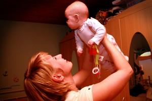 Das Leben für junge Familien wird 2013 deutlich teurer.
