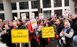 Protestkundgebung am Saarbrücker Rathaus (Foto: Thomas Braun)