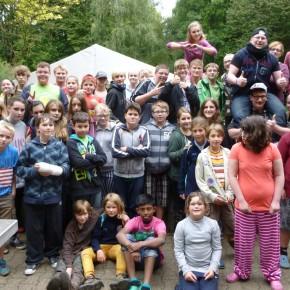 Viel Regen und Spaß im Zeltlager für 50 Kinder und Betreuer