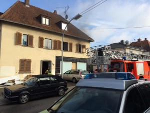 Wohnhausbrand in der Gartenstraße (Foto: Michael Kupplich)