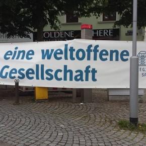 Erfolgreiche BUNT STATT BRAUN – Kundgebung gegen den Abendspaziergang der Sagesa in Dudweiler