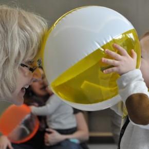 Ab September starten wieder zwei Musikgarten-Kurse für Kinder und Eltern im Kinder- und Elternbildungszentrum Dudweiler