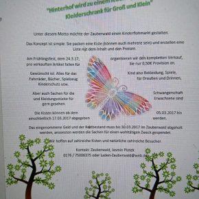 """""""Ein Hinterhof wird zum lebendigen begehbaren Kleiderschrank"""" am Frühlingsfest des Zauberwaldes"""