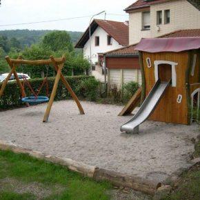 Sanierungsarbeiten auf dem Spielplatz in Dudweiler abgeschlossen