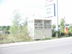 Illegal aufgestellter Altkleidercontainer (Foto: Landeshauptstadt Saarbrücken)