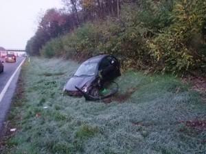 Verunglücktes Fahrzeug auf der A8 (Foto: Polizei)