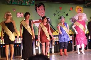 Kandidatinnen zur Misswahl v.l.: Miss Issisippi (Jessica Ludwig), Miss Arizona (Petra Jung), Miss Florida (Heike Weisdörfer), Miss New York (Verena Hartkorn), Miss Nebraska (Tanja Scheid) Foto: Stephan Wöffler